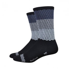 Calcetines Defeet Aireator – JitterBug